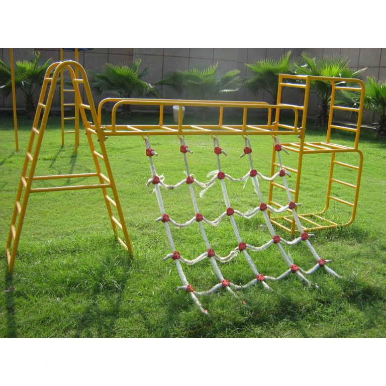 A TO B NET SCRAMBLER | Climbers | PLAYTime | Playground Equipment